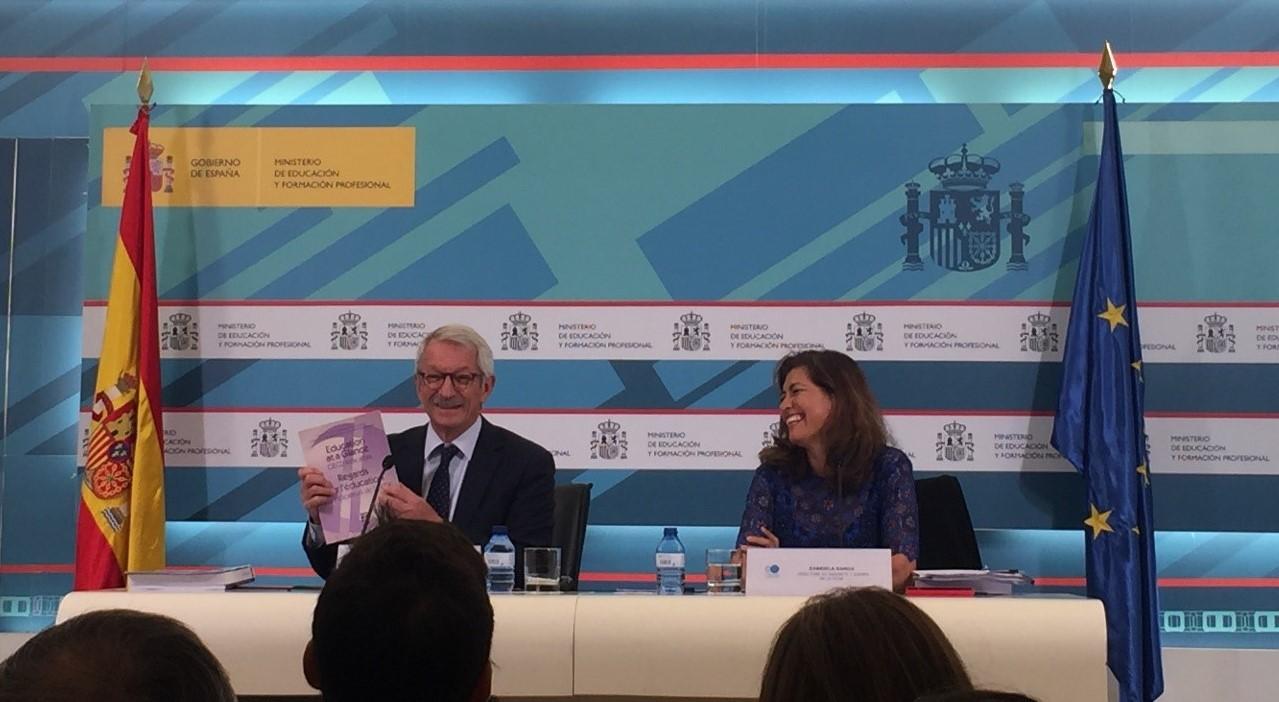 España Progresa En Materia De Educación, Según Los Indicadores De La OCDE 2019